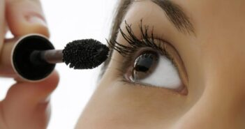 5 Mascara Application Tips For Amazing Eyelashes