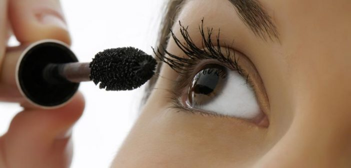 5 Mascara Application Tips For Amazing Eyelashes